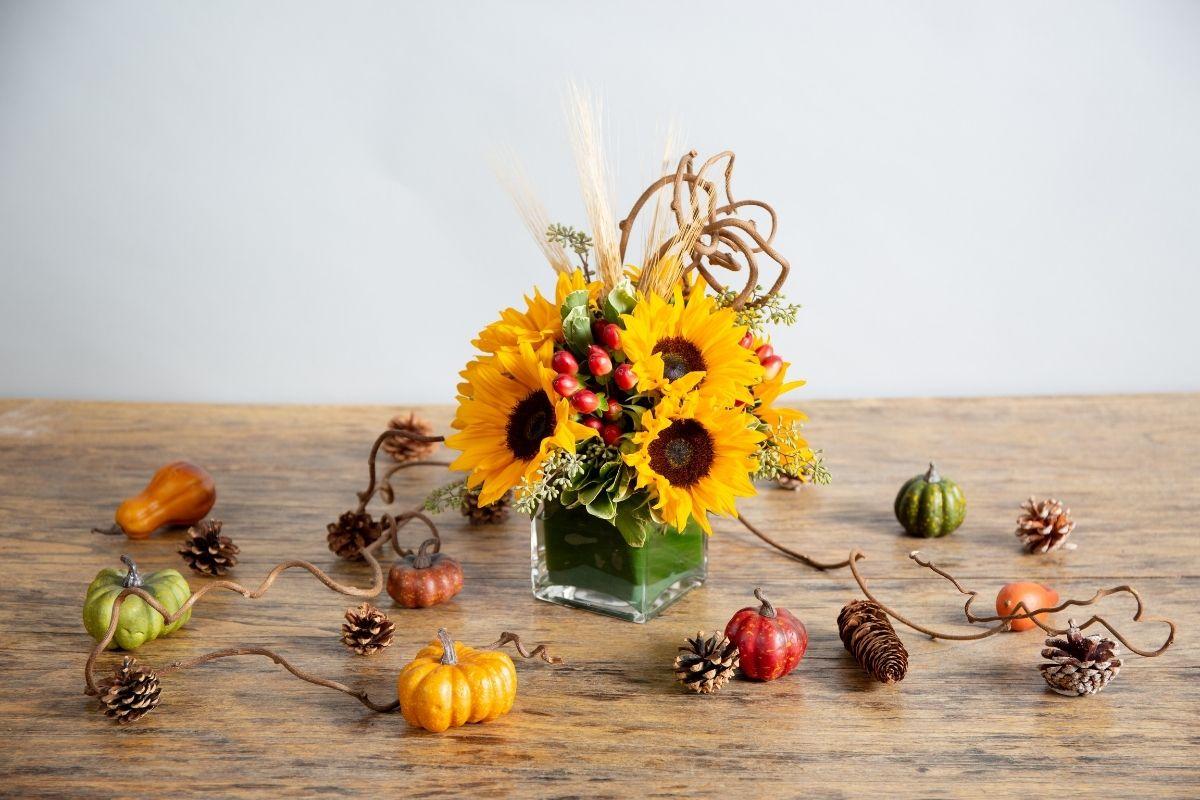 fall sunflower arrangement